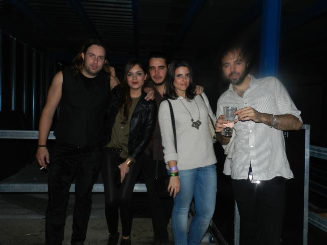 Con el grupo