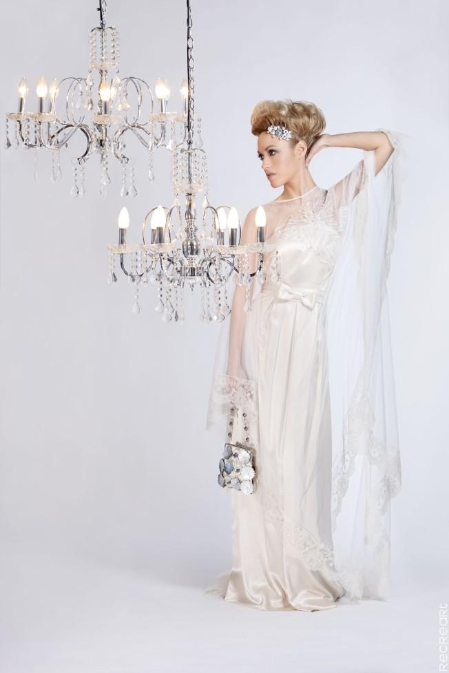 Dolores lux en su noche de bodas